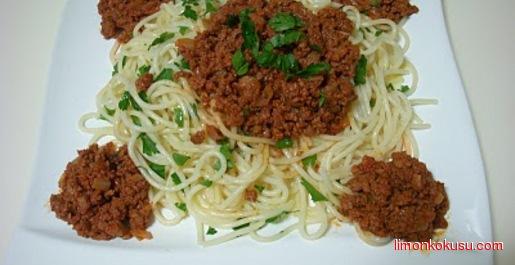 Bolonez Soslu Spagetti Tarifi